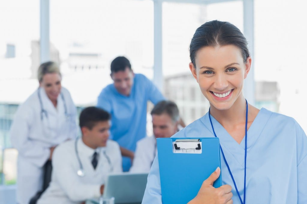 what is the difference between a medical assistant and a cna
