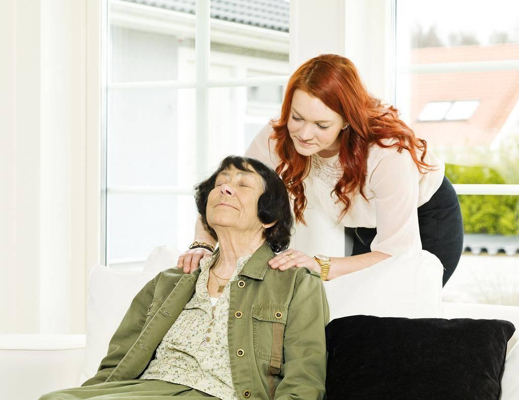 cnas tips for dealing difficult patients cna classes work readiness 4 qualities every cna should possess